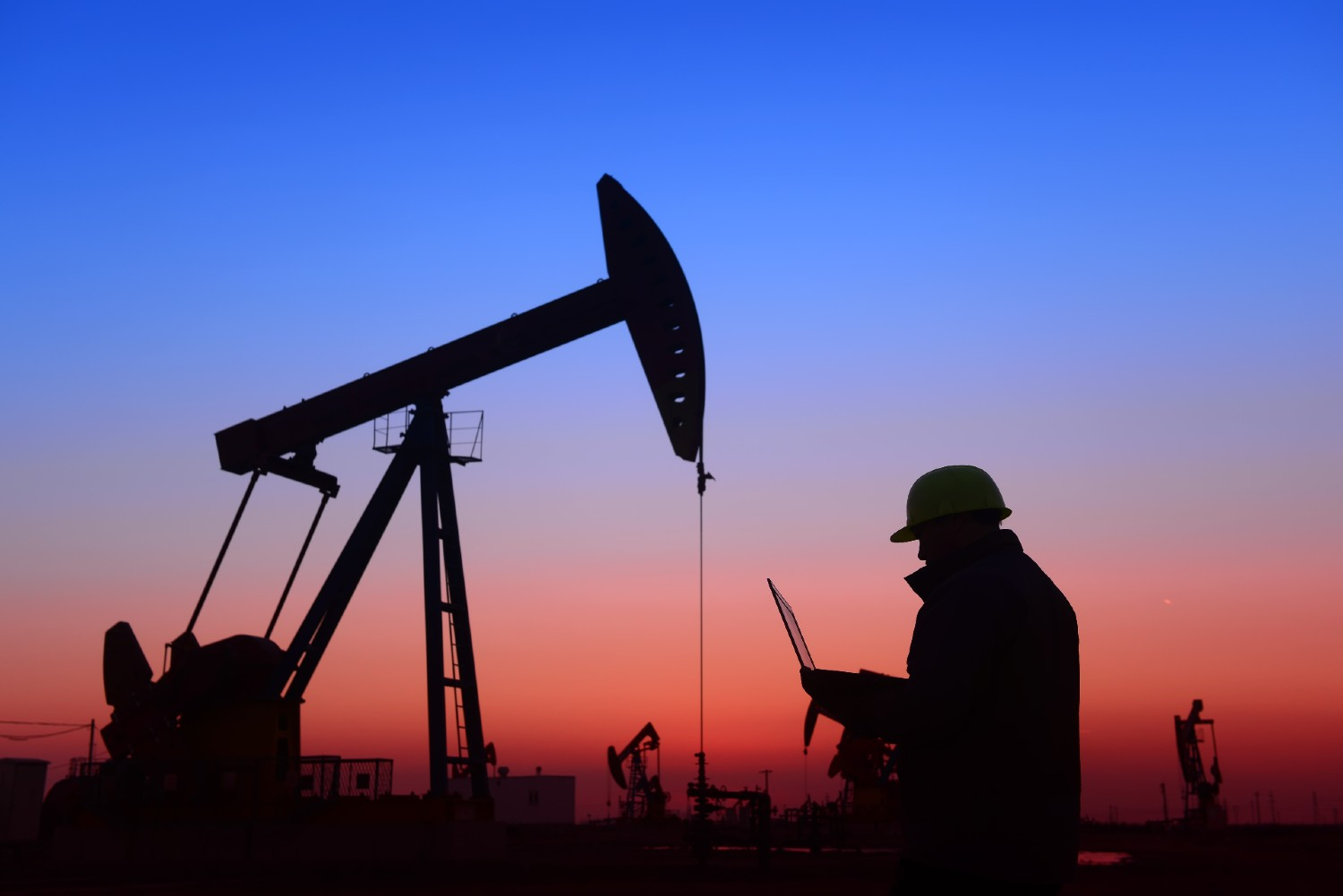 Oil and Gas Company Outsources IT Field Support
